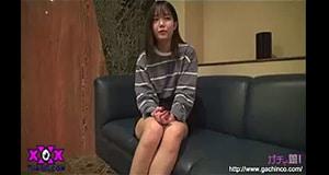 สาวน้อยอายุ 18น่ารัก ผิวขาว จิมิก็ยังสวย กับประสบการณ์ครั้งแรกของเธอ