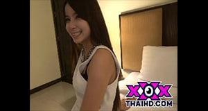 พลอย สาวไทยถ่ายหนังกับญี่ปุ่น น่ารัก จนดูแล้วต้องเสียดายของ