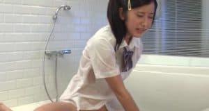 จ้างเด็กมาอาบน้ำให้เย็ดกันอย่างมัน